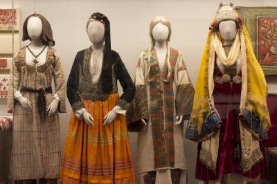 Традиционные греческие костюмы  19-20вв.  Музей Бенаки